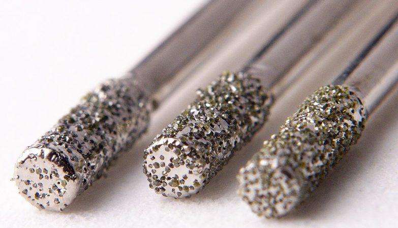 Brocas de 2mm laminadas a diamante, usadas na perfuração de materiais