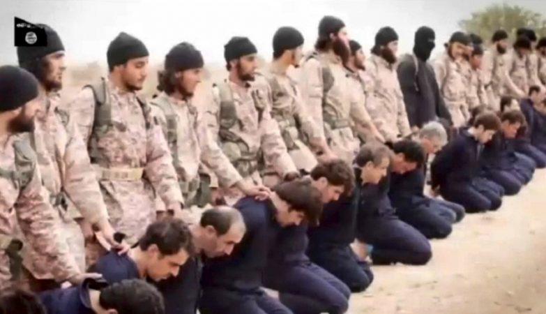 Jihadistas do Estado Islâmico, entre os quais o luso-descendente Abou Uthman