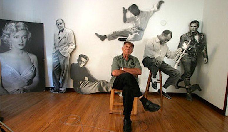 O lendário fotógrafo norte-americano Phil Stern, que retratou estrelas de Hollywood como Marilyn Monroe, James Dean ou Marlon Brando