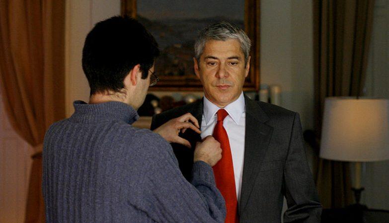 José Sócrates, durante as gravações da mensagem de Natal de 2008.