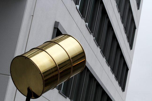 Ouro negro em queda: o preço do barril de petróleo em queda há 6 meses