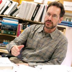 Sheldon Cohen, professor de psicologia da Faculdade de Ciências Sociais e Humanas da Carnegie Mellon University