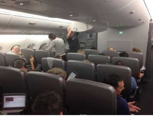 Os passageiros do voo QF2 mantiveram a calma