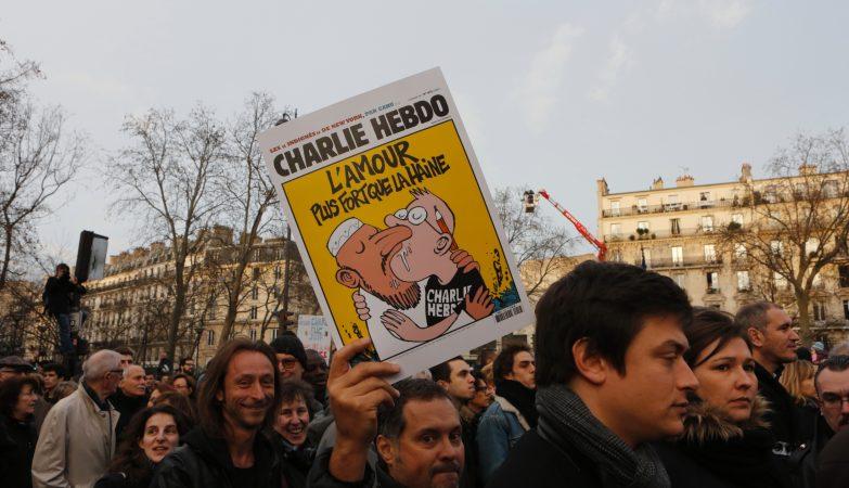 """A """"Marcha Republicana"""" reuniu mais de 1 milhão de pessoas em Paris contra o atentado ao Charlie Hebdo"""