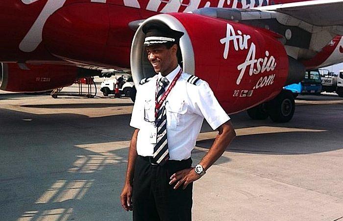 O francês Remi Emmanuel Plesel, co-piloto do voo QZ8501 da AirAsia