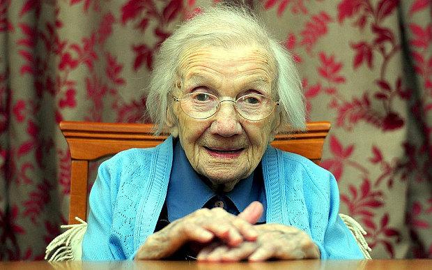 Jessie Gallan, de 109 anos, a mulher mais velha da Escócia