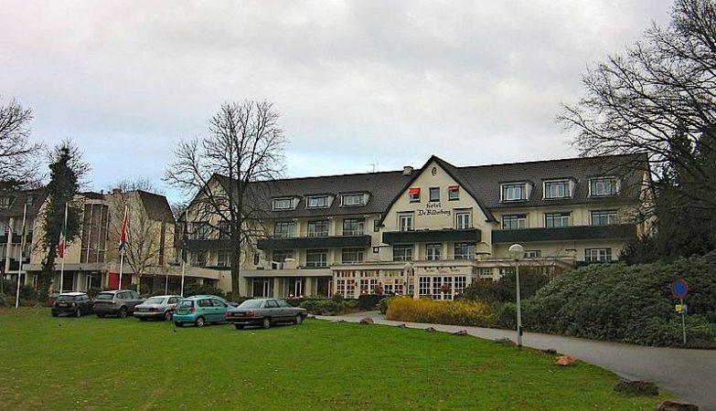 """O Hotel Bilderberg, na Holanda, foi o palco da primeira reunião, em 1954, e deu origem ao nome """"Grupo Bilderberg"""""""