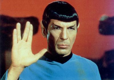 Leonard Nimoy como Spock, na saga Star Trek
