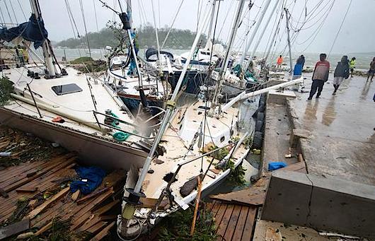 Arquipélago de Vanuatu devastado pelo ciclone tropical Pam