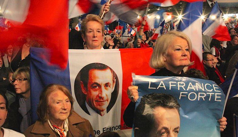 A UMP de Nicolas Sarkozy, ex-Presidente francês, venceu as eleições locais em França