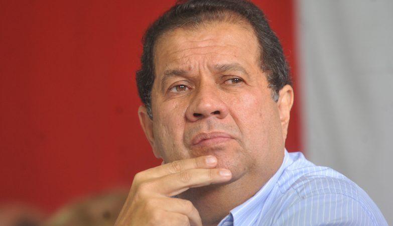 Carlos Lupi, PDT, ex-ministro brasileiro do Trabalho e Emprego no governo de de Lula da Silva