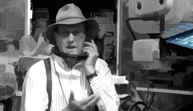 O  mítico cineasta Manoel de Oliveira por  Daniel Arrhakis