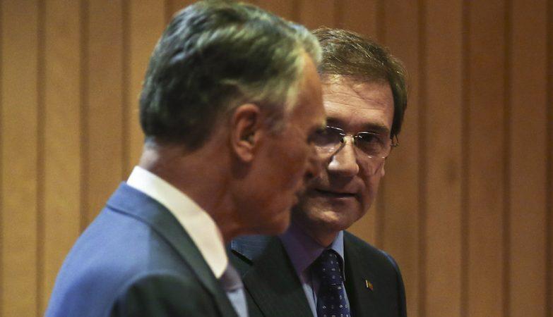 O Presidente da República, Cavaco Silva, acompanhado pelo primeiro-ministro Pedro Passos Coelho