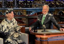 Bill Murray, o primeiro convidado de David Letterman, despede-se do apresentador na última semana do Late Show