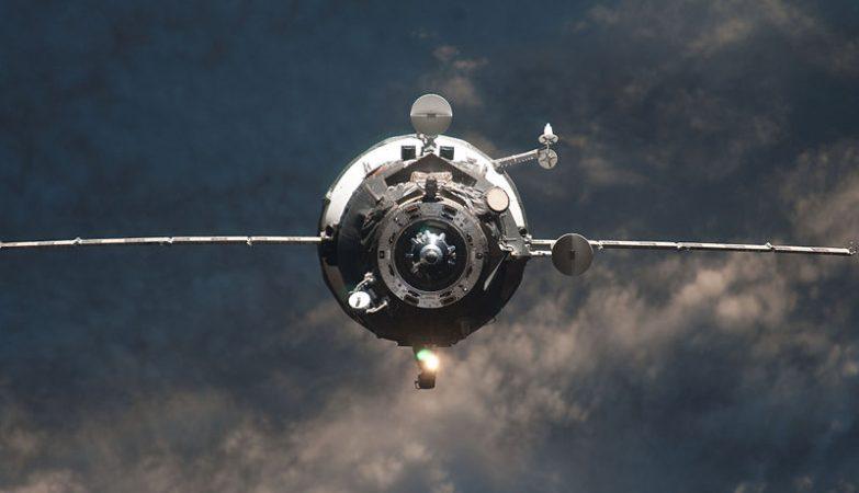 Nave de reabastecimento Progress M-14M de fabrico russo ao serviço da Estação Espacial Internacional