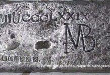 A barra de prata de 50kg encontrada por Barry Clifford poderá ser o tesouro de William Kidd