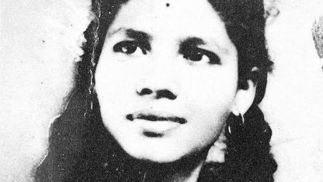 Aruna Shanbaug tinha 25 anos quando foi brutalmente violada, e ficou em coma desde então