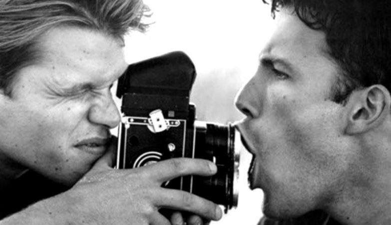 Matt Damon e Ben Affleck fotografados por Bruce Weber para a Interview Magazine em 1997