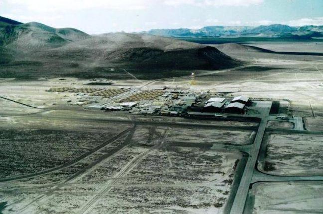 Vista aérea da Area 51, fotografada em 1964