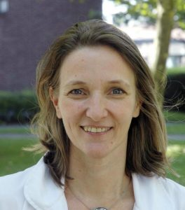 A ginecologista Isabelle Demeestere, do Hospital Erasmus, em Bruxelas