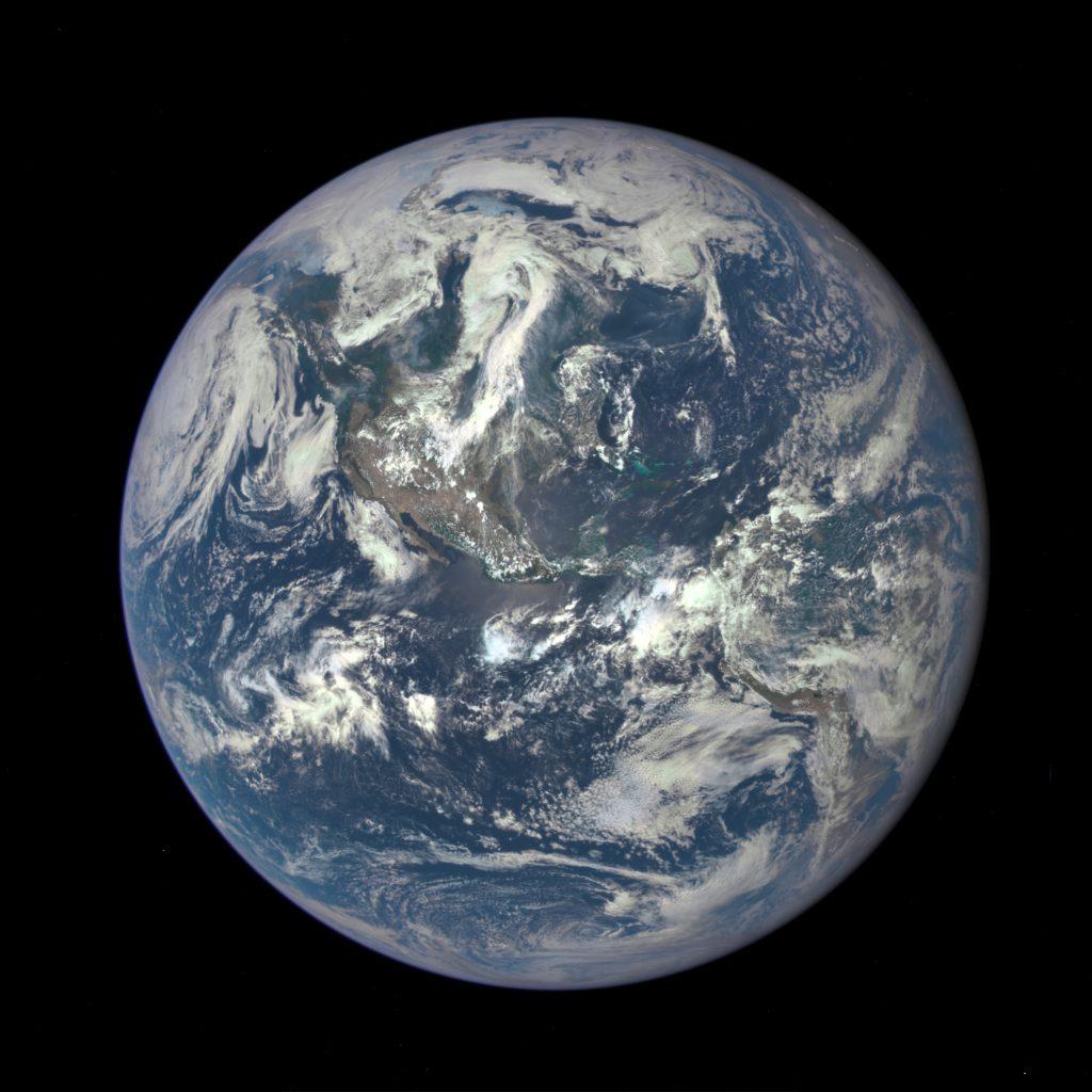 "A nova e ""épica"" foto da Terra"