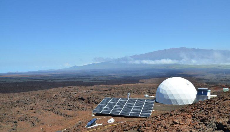 A cúpula no Havai onde a equipa da NASA vai viver durante um ano