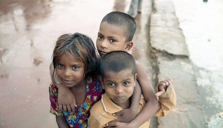 Sessenta crianças morrem em hospital da Índia por falta de oxigênio