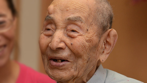 Yasutaro Koide, 112 anos, o homem mais velho do mundo