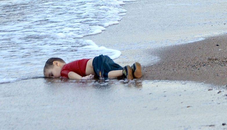 Aylan Kurdi, o menino sírio afogado numa praia turca