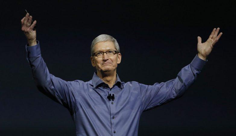 O CEO da Apple, Tim Cook, durante a apresentação de novos produtos Apple de 9 de Setembro 2015