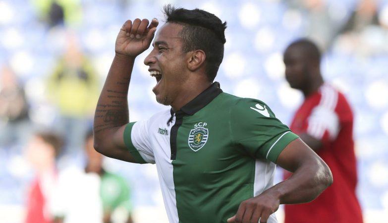 Matheus Pereira celebra o seu segundo golo frente ao Vilafranquense