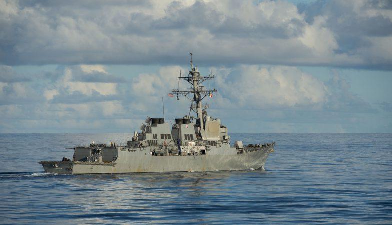 O contratorpedeiro USS Lassen, destroyer classe Arleigh Burke da frota norte-americana no Paífico