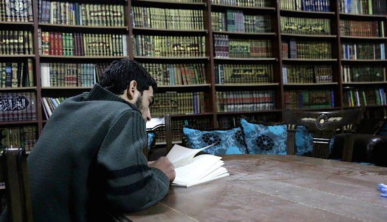A biblioteca subterrânea de Daraya, na Síria