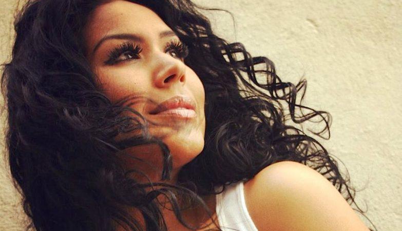 A apresentadora de TV mexicana Tânia Reza