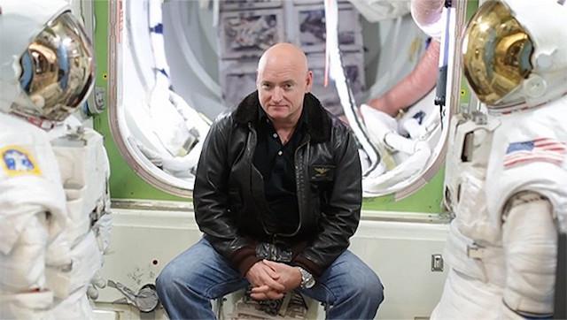 O astronauta Scott Kelly vai beber 757 litros da sua própria urina e suor durante um ano no espaço (e não parece lá muito feliz com isso)