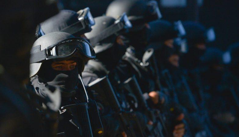 Elementos do Batalhão de Operações Especiais / BOPE da Polícia Militar brasileira no Rio de Janeiro