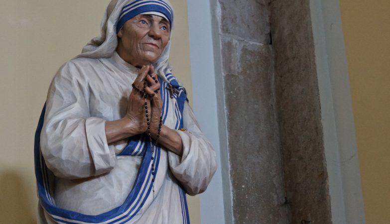 Madre Teresa de Calcutá na Basílica de Santa Eufémia, na Croácia