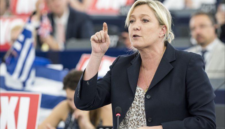 Resultado de imagem para Buscas na sede de campanha de Marine Le Pen