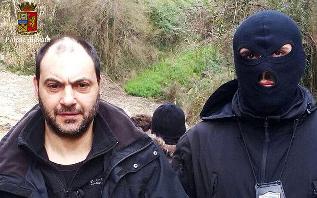 Giuseppe Ferraro era procurado por vários assassinatos e estava em fuga há 18 anos.