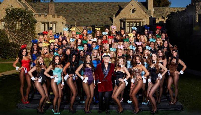 Hugh Hefner, as suas Coelhinhas, e a famosa Mansão Playboy