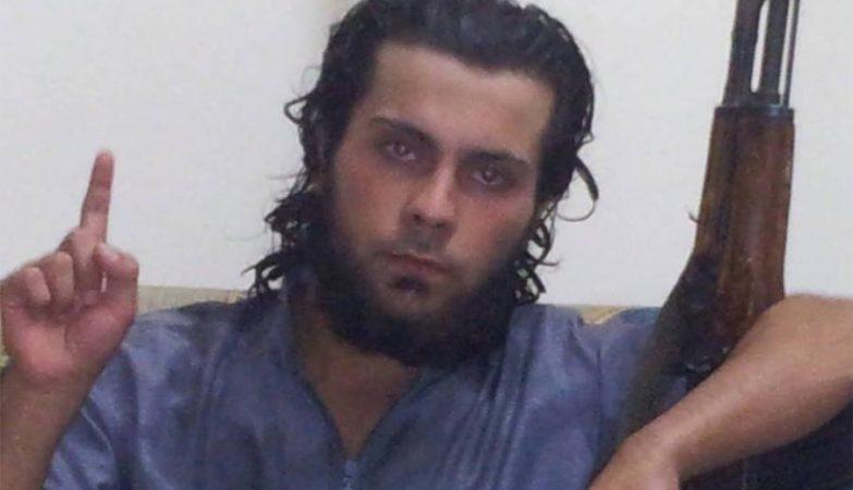 Jihadista do Estado Islâmico Ali Saqr, de 21 anos, matou a Mãe Lena al-Qasem, de 45, ELA Porque quería Fugir de Raqqa, na Síria.