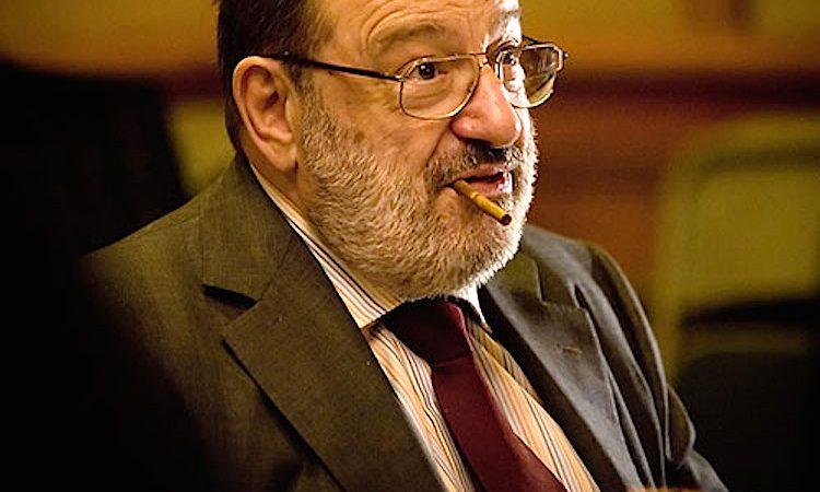 O escritor italiano Umberto Eco