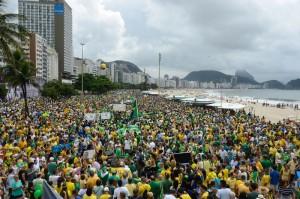 Manifestação a 13 de março contra a corrupção e pelo impeachment de Dilma