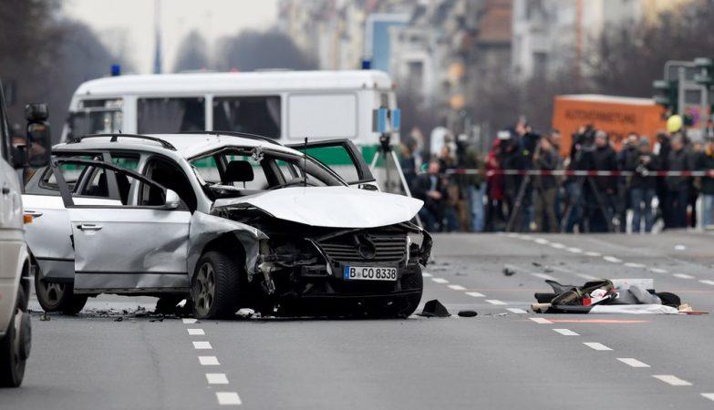 Explosão de carro armadilhado em Berlim causa a morte do condutor