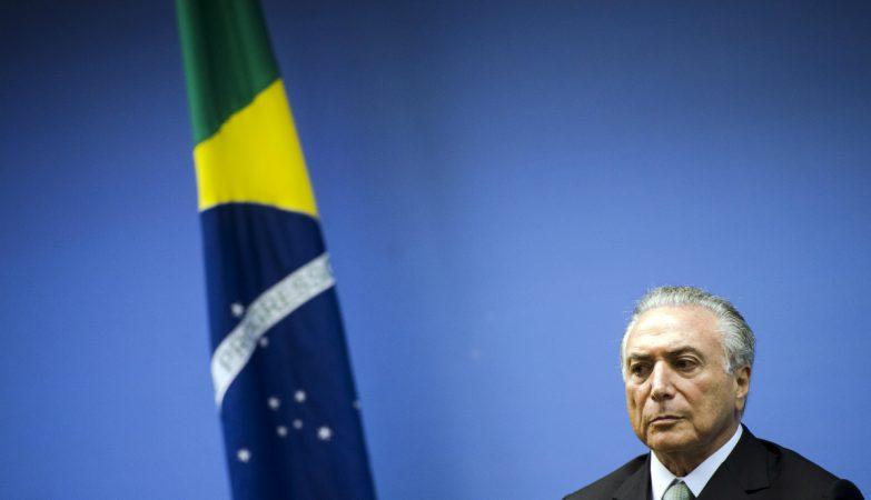 A Venezuela expulsa o embaixador do Brasil