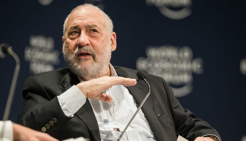 Joseph Stiglitz, Nobel da Economia de 2001, no World Economic Forum em Davos, 2009.