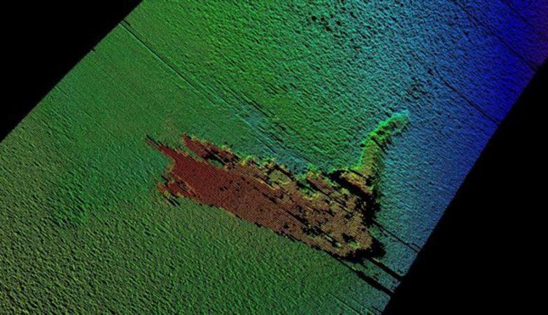 Drone descobriu o Monstro do Lago Ness... Só que era um boneco feito para um filme.