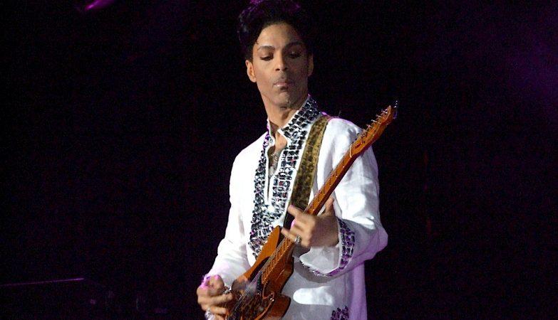 Prince numa actuação no Coachella Fest, Estados Unidos, em 2008.
