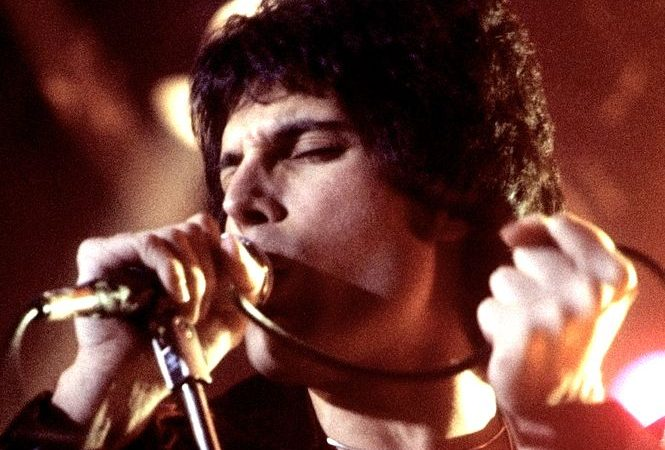 Freddie Mercury, mitico vocalista dos Queen