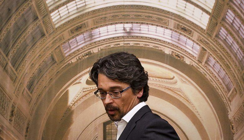 O Diretor de Informação da TVI e da TVI24, Sérgio Figueiredo, à entrada para a sua audição na Comissão Parlamentar de Inquérito ao Banif